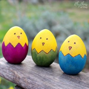 352525-Easter-Chick-Wood-Egg-Craft[1]